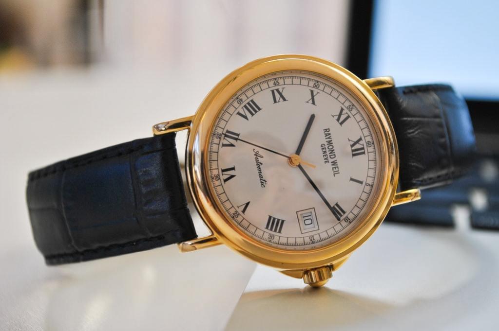 Een mooi horloge als voorbeeld van een dropship product.
